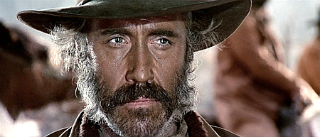Jason-Robards-as-Cheyenne-in-Once-Upon-a-Time-in-the-West-1968-02